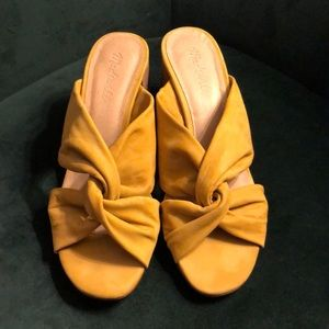 Mustard leather madewell sandals